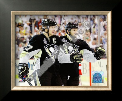 Crosby / Kunitz - '09 St. Cup Framed Photographic Print