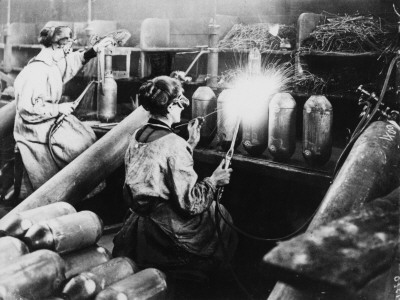 Women Workers Welding and Making Bombs in a Bomb Factory During World War I Photographic Print by Robert Hunt