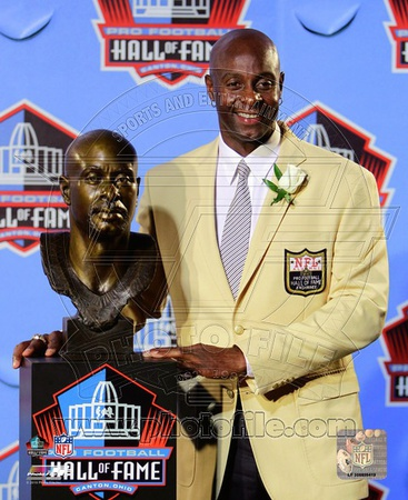 Jerry Rice 2010 NFL Hall of Fame Induction Photo