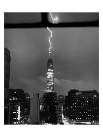 Lightning Striking the Empire State Building, New York City, July 9, 1945 Giclee Print