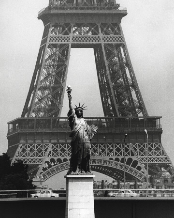 La Tour Eiffel En Libert, 1969 Lmina