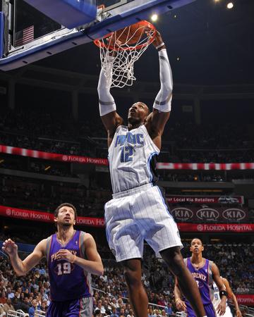 Phoenix Suns v Orlando Magic: Dwight Howard Photo by Fernando Medina