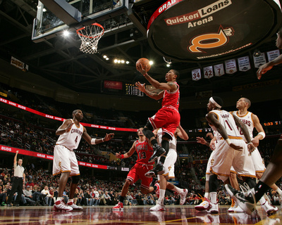Chicago Bulls v Cleveland Cavaliers: Derrick Rose, Antawn Jamison and Daniel Gibson Photo by David Liam Kyle