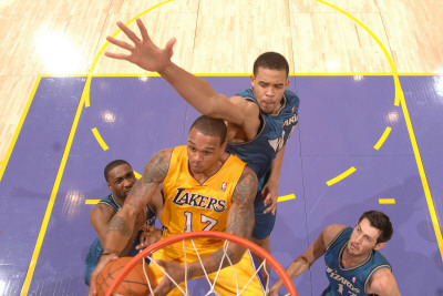 Washington Wizards v Los Angeles Lakers: Shannon Brown, Gilbert Arenas, JaVale McGee and Kirk Hinri Photographie