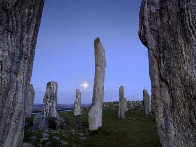 The Callanish Stones at Moonrise Fotoprint av Jim Richardson