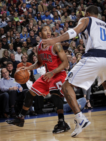 Chicago Bulls v Dallas Mavericks: Derrick Rose and Shawn Marion Photographie