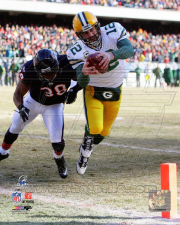 Aaron Rodgers 2010 NFC Championship Game Touchdown Run Photo