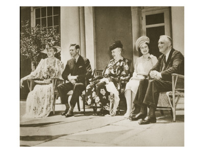 Hyde Park, New York. from Left: Mrs Roosevelt, King George Vi, Mrs James Roosevelt Giclee Print
