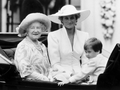 Queen Mother with Princess Diana and Prince William in an open carriage Photographic Print