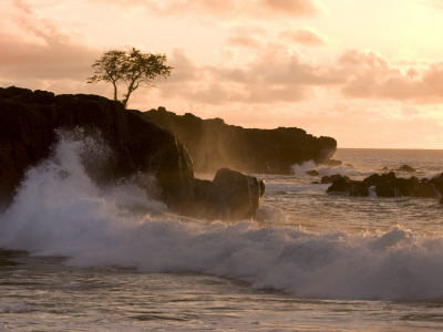 Sunset at Waimea Bay, with Waves Crashing Against Rocks Photographic Print by Linda Ching