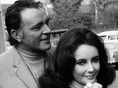 Actress Elizabeth Taylor with Richard Burton Wearing Diamond Ring, May 1968 Photographic Print