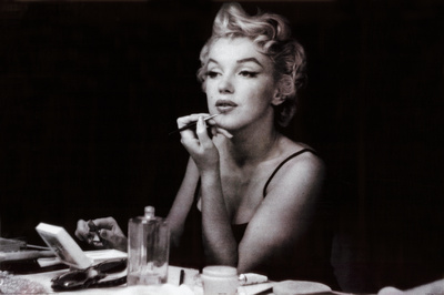 Marilyn Monroe (in the mirror) Poster
