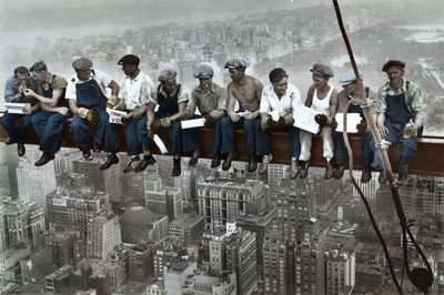 Construction workers eat their lunch on a skyscraper Great Depression New York City Skyline photo