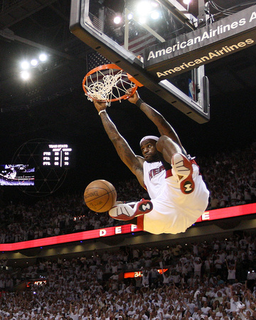 NBA basketball Game 5 image: miami heats versus boston celtics, lebron james dunk highlights picture, photo by Mike Ehrmann