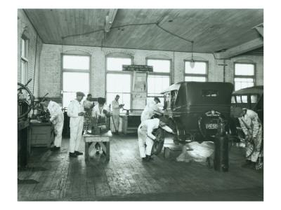 Harold S. Davies, Inc. Service Department, Circa 1930 Premium Giclee Print by Chapin Bowen