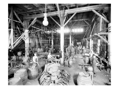 Seattle Brewing & Malting Co., Cooper Shop, 1914 Premium Giclee Print by Asahel Curtis