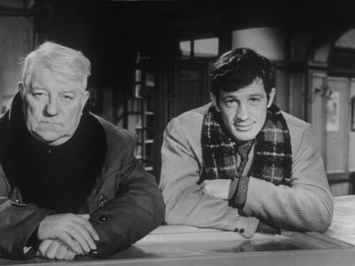 Jean Gabin and Jean-Paul Belmondo: Un Singe En Hiver, 1962 Fotografisk tryk af Marcel Dole