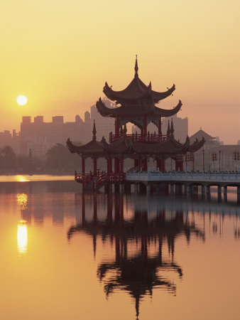 Taiwan, Kaohsiung, Lotus Lake at Sunset Photographic Print by Steve Vidler