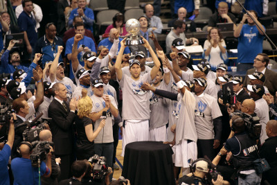 Oklahoma City Thunder v Dallas Mavericks - Game Five, Dallas, TX - MAY 25: Dirk Nowitzki, Mark Cuba Photographic Print