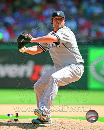 New York Yankees - Joba Chamberlain 2011 Action Fotografía