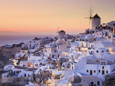 Greece, Cyclades, Santorini, Oia Town and Santorini Caldera por Michele Falzone