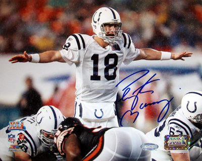 Peyton Manning Colts SB XLI Pointing at the line Photo Signed in Blue Photo