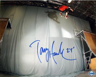 Tony Hawk Autographed 'Ollie Transfer' Photograph Fotografa