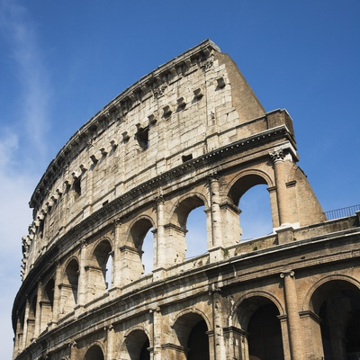 Low angle view of the Colosseum, Italy Photographie
