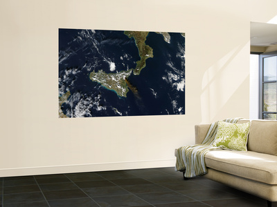 Eruption of Mt. Etna in Sicily, November 24, 2006 Posters