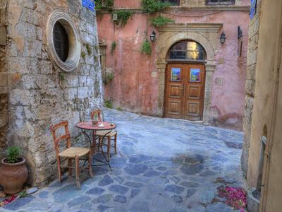 Old Harbor, Chania, Crete, Greece Fotografisk tryk af Darrell Gulin