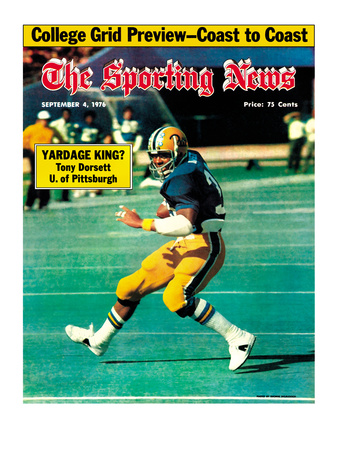 Pittsburgh Panthers RB Tony Dorsett - September 4, 1976 Photo