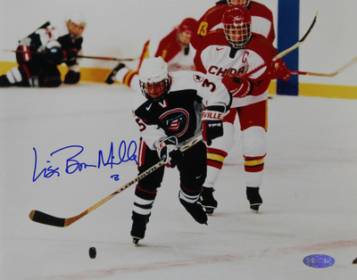 Lisa Miller 1998 US Womens Hockey vs. China Autographed Photo (Hand Signed Collectable) Fotografía