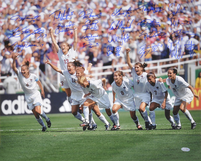 1999 USA Women's Soccer - Celebration - Team Signed Photo