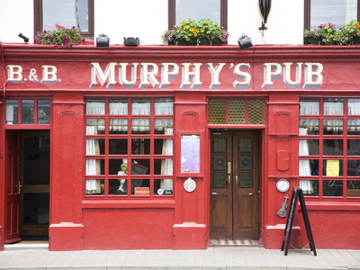 Murphy's Pub in Dingle, County Kerry, Munster, Republic of Ireland, Europe Photographic Print by Donald Nausbaum