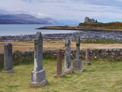 Duart Castle, Isle of Mull, Inner Hebrides, Scotland, Uk Photographic Print by Patrick Dieudonne