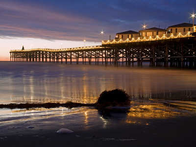 Crystal Pier on Pacific Beach in San Diego shoreline seascape photo