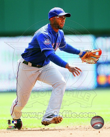 Elvis Andrus 2012 Action Photo
