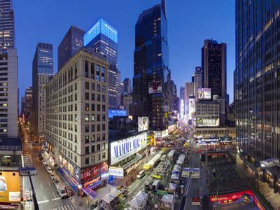 Times Square and Broadway New York City skyline street photo by Gavin Hellier