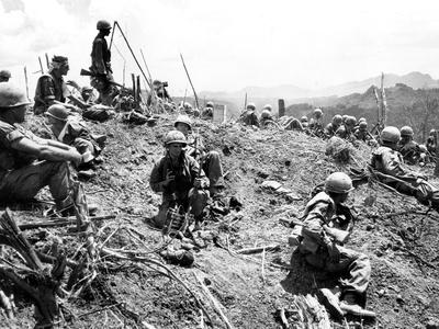 Vietnam War U.S. Hamburger Hill Photographic Print by  Associated Press