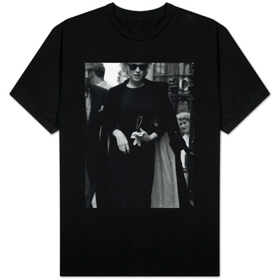 Marilyn Monroe in London, 1956 T-Shirt