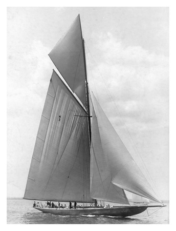 The Vanitie During the America's Cup, 1910 Prints by Edwin Levick