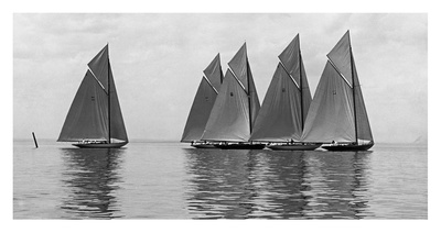 The Istalena Greyline in a Race, 1921 Prints by Edwin Levick