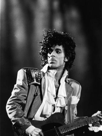 Prince, Concert Performance, 1984 Photo Fotografie-Druck von Vandell Cobb