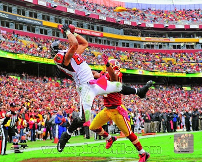 Tony Gonzalez 2012 Action Photo