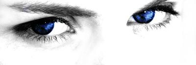 Kobalt Eyes Fotoprint van  Exploding Art