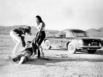 Faster, Pussycat! Kill! Kill!, Lori Williams, Ray Barlow, Haji, 1965 Photo