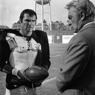 The Longest Yard, Burt Reynolds, Eddie Albert, 1974 Photo