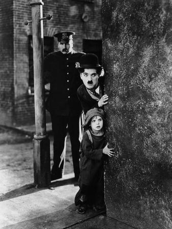 The Kid, Tom Wilson, Charles Chaplin, Jackie Coogan, 1921 Photo