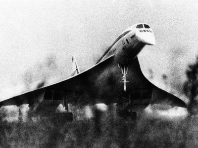 The French-Built Concorde Takes Off on a Trial Flight at Toulouse, France, Dec 6, 1975 Photo