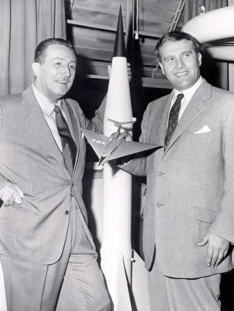 Dr Werhner Von Braun with Walt Disney Photo